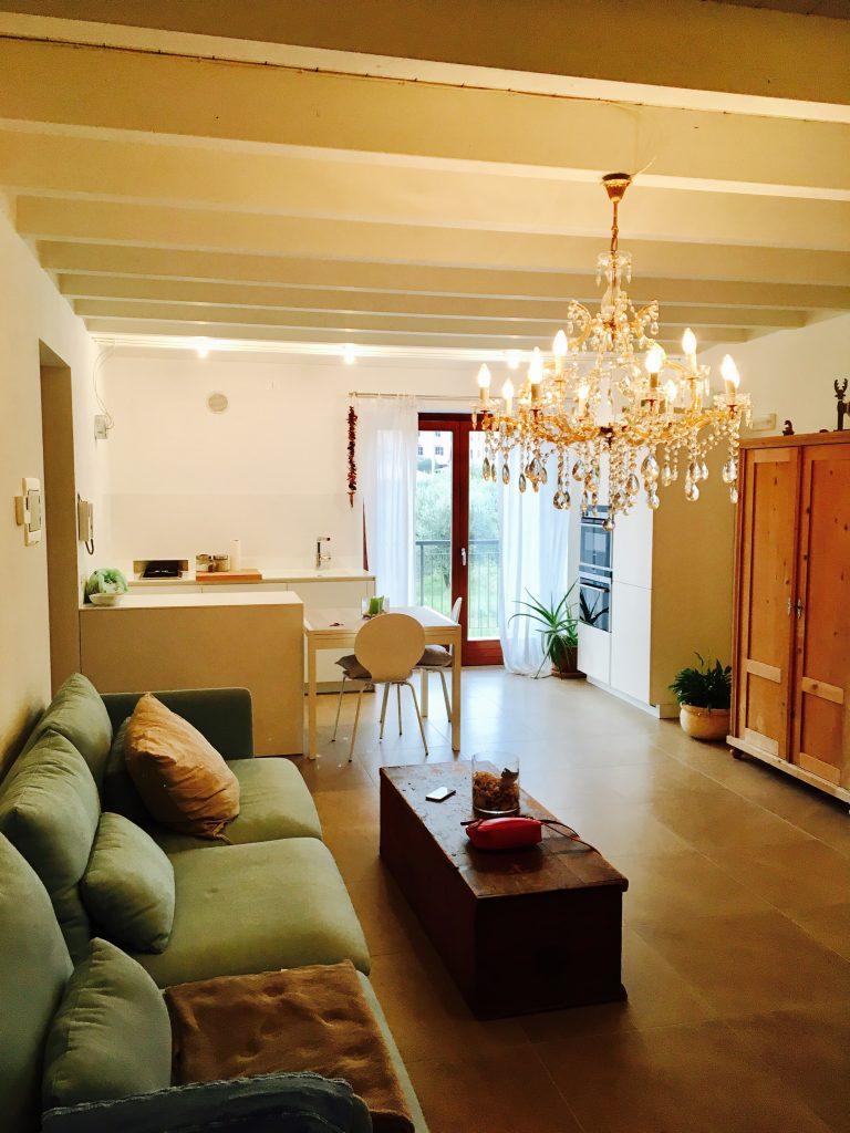 Villetta angolare con enorme terrazzo coperto meneghetti - Terrazzo coperto ...